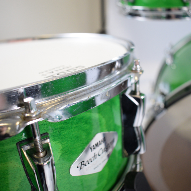 Yamaha Beech Custom 22in 4pc Shell Pack, Lime Green – Pre-owned