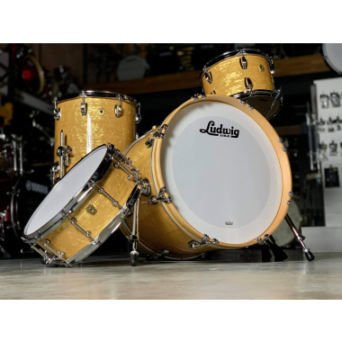 Ludwig Classic Maple 20in 4pc Shell Pack – Aged Onyx