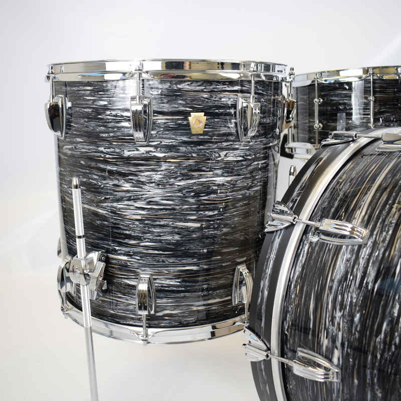 Ludwig Classic Maple 22in 4pc Shell Pack – Vintage Black Oyster