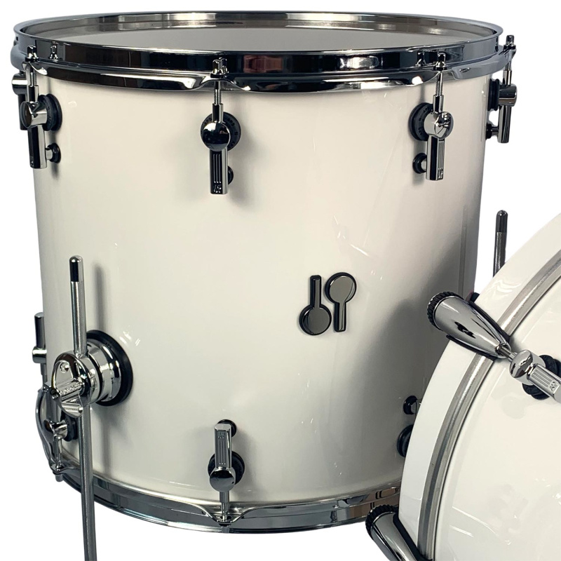Sonor SQ2 22in 3pc Shell Pack – Solid White With Scandinavian Birch