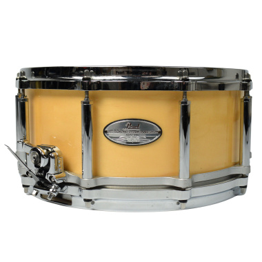 Pearl Free Floating 14×6.5in Maple Snare Drum