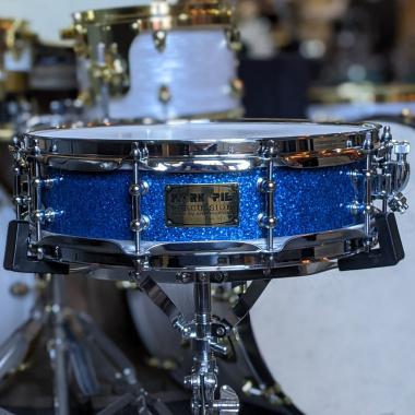 Pork Pie 14x4in Maple Snare, Blue Sparkle
