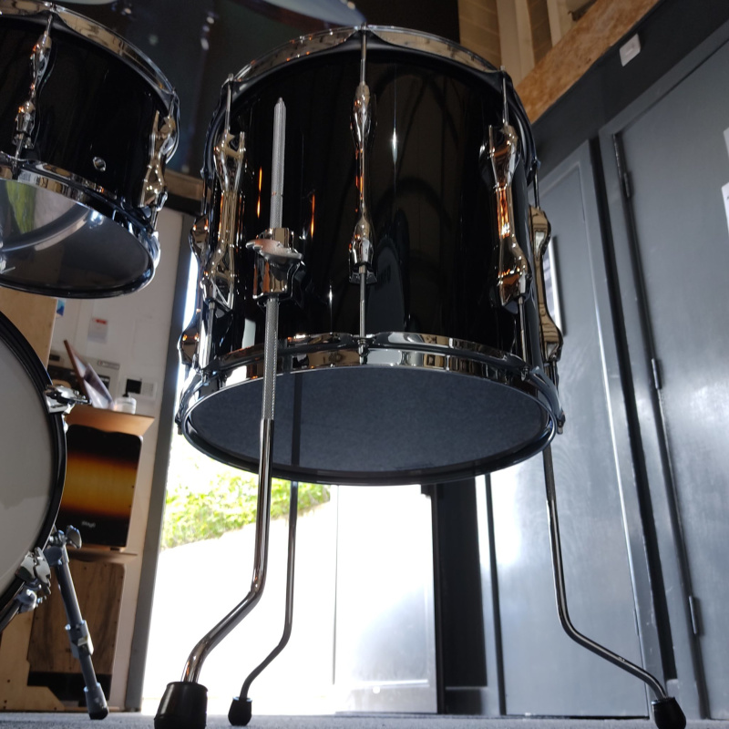Yamaha Recording Custom 4pc 18in Shell Pack – Solid Black