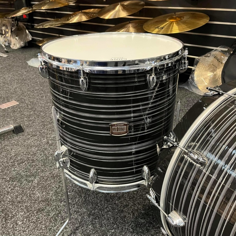 Yamaha Club Custom 22in 3pc Shell Pack – Black Swirl