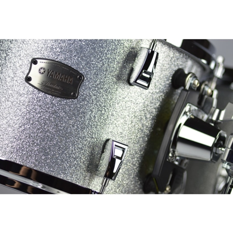 Yamaha Absolute Hybrid Maple 20in 4pc Shell Pack – Silver Sparkle